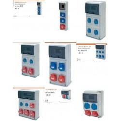 Caja superfice industrial para 9 modulos con enchufes: 2 Schuko + 1 3P+N+T 32A IP44 estanca, montada y cableada sin aut.