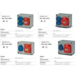 Caja superfice con 2 Schukos + 1 3P+T 16A 140x170x90 tornillo 1/4 vuelta IP44 estanca, montada y cableada sin aut.